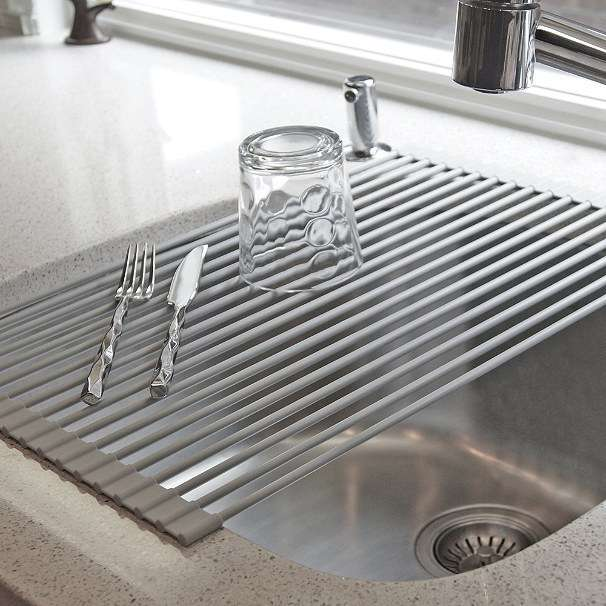 A rollable dish drying rack