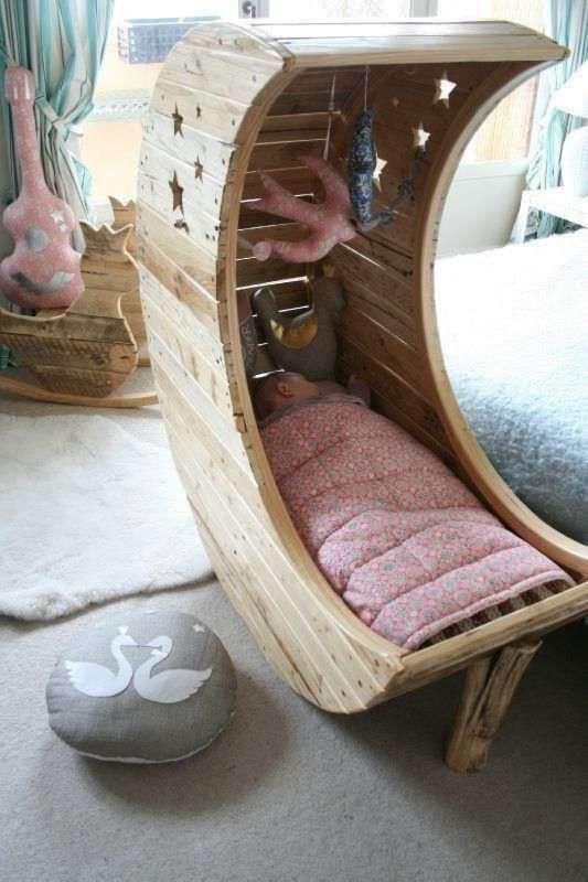 Amazing Interior Design & 15 Adavanced and Creative Pallet Bed Ideas