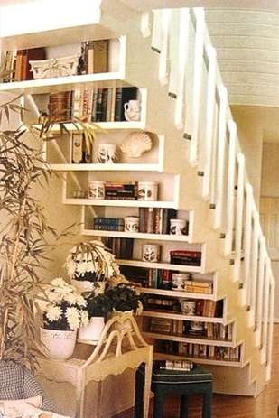 Backside of the stairs as bookshelf