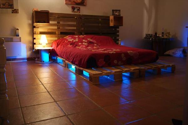 Iluminated Pallet Bed