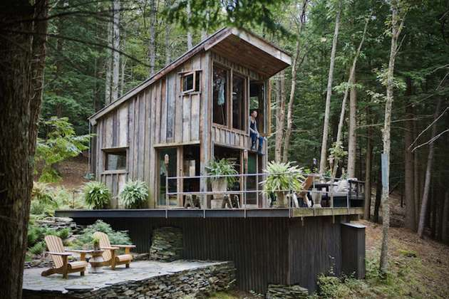 tiny New York cabin