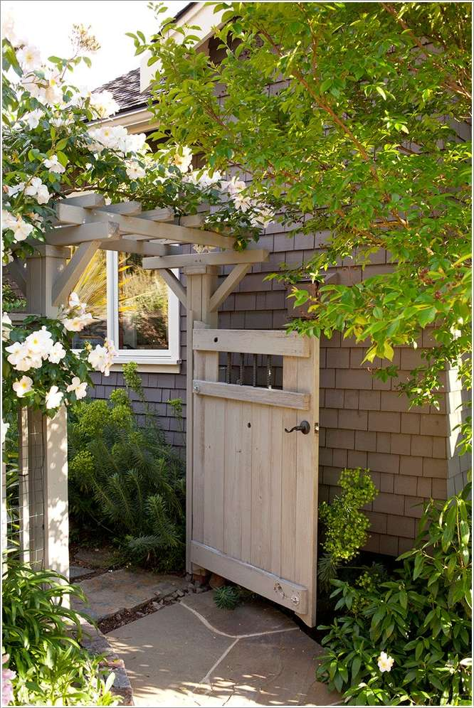 15 Fantastic Ideas To Decorate A Side Alley