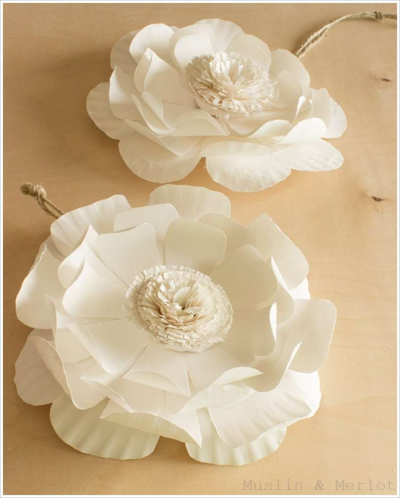 These Paper Plate Flowers Are Simply Stunning
