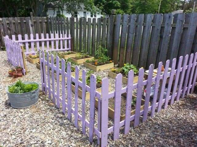 14 diy wood pallet fence ideas - Como hacer vallas ...