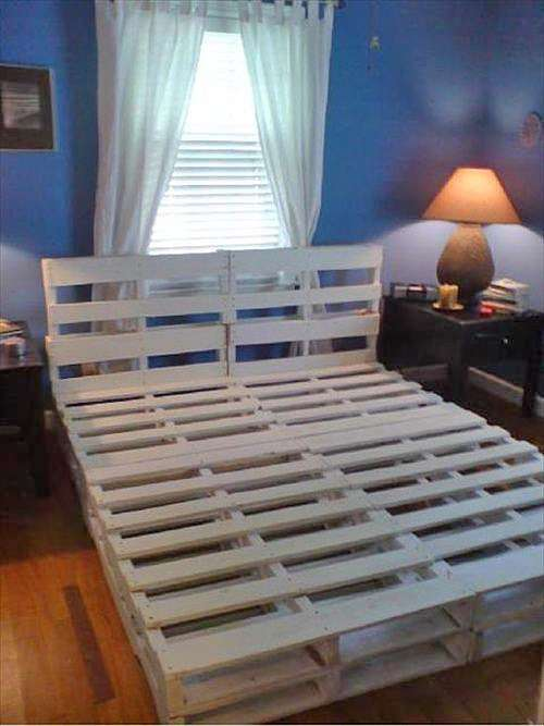 a bed-frame from pallets.