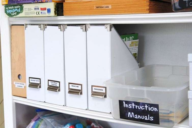 15 creative ways to organize your home with magazine holders - Creative ways to store your magazines ...
