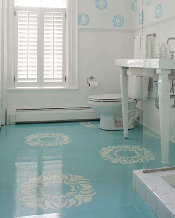 High gloss floor will enlarge the bathroom