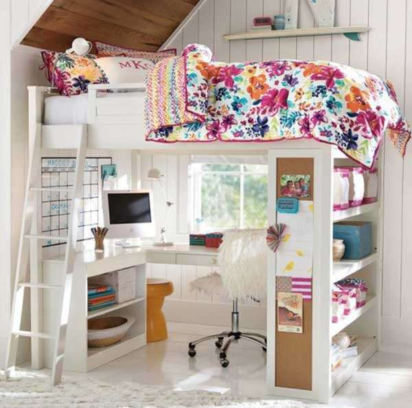 .Versatile furniture for a teenager's room