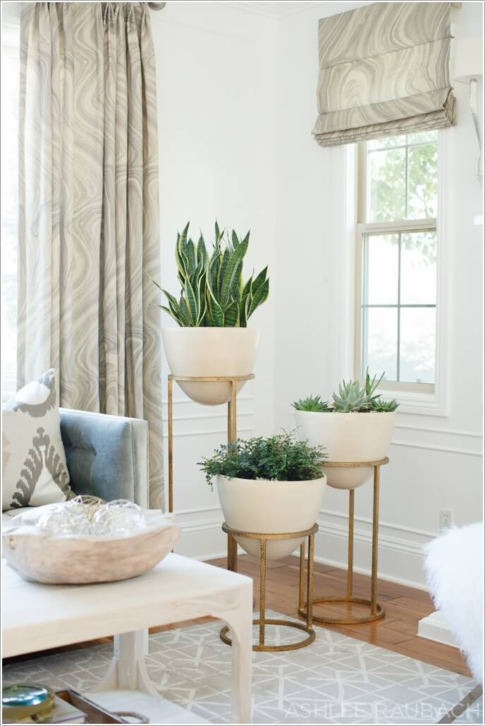 15 amazing ideas to display your indoor plants for Living room with indoor plants