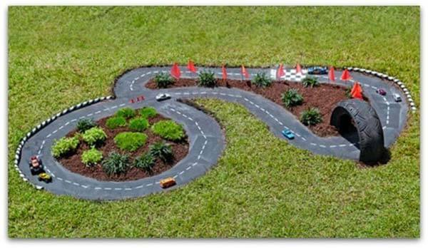 Make a race car track for kid