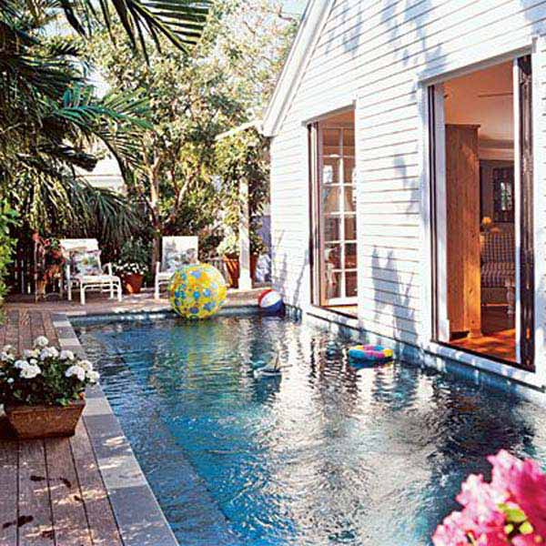 20 Amazing Small Bakcyard Designs With Pools