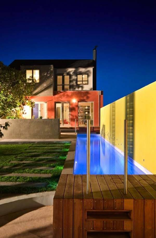 20 amazing small bakcyard designs with pools for Small lap pool designs
