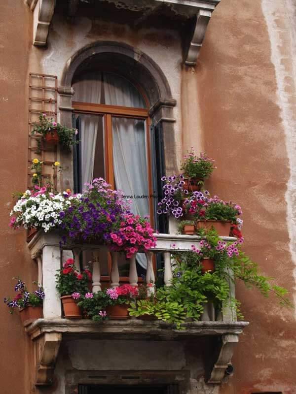 Spectacular-Balcony-Garden-Woohome-17