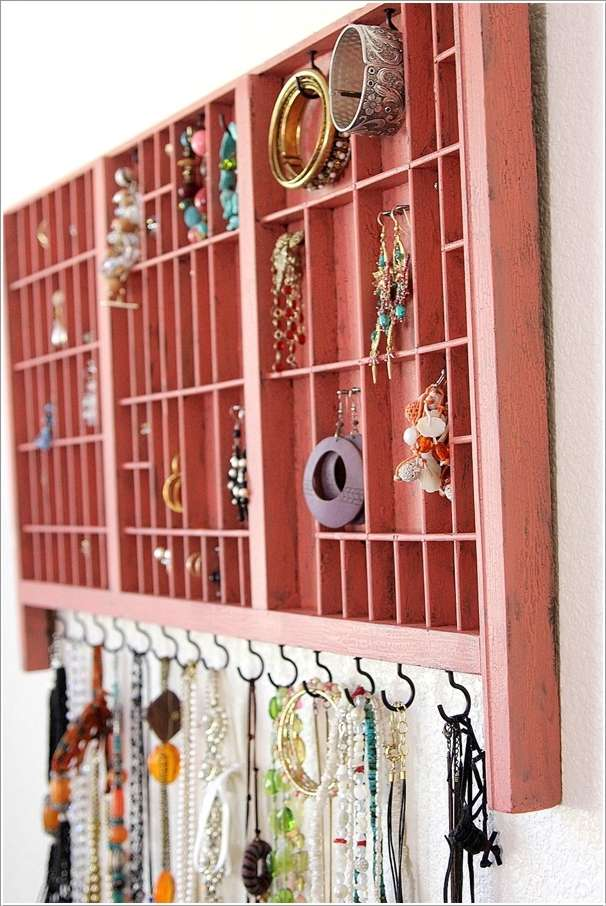 2  15 Creative Ideas to Store and Organize Your Necklaces 230