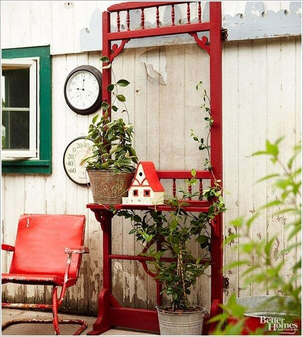 4  10 Clever Ways to Recycle Old Screen Doors 42