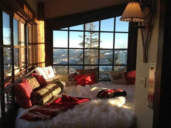 15 Cozy And Charming Window Nooks Ideas For Reading