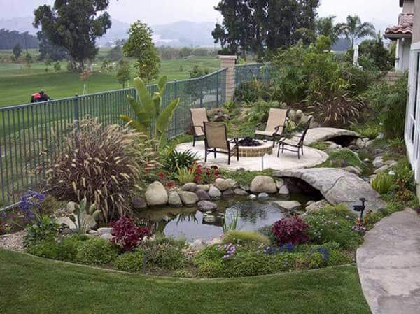 16 impressive diy backyard ponds ideas for Yard pond ideas