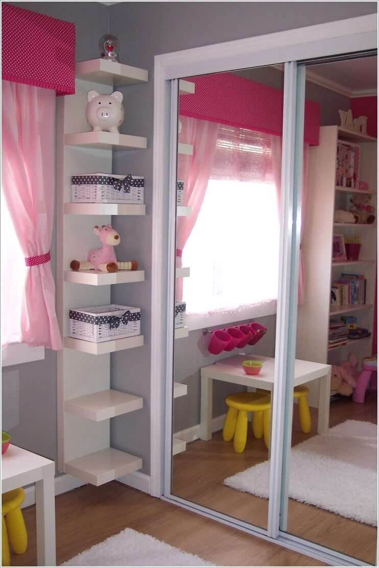 12 clever small kids room storage ideas for Cute bookshelf ideas