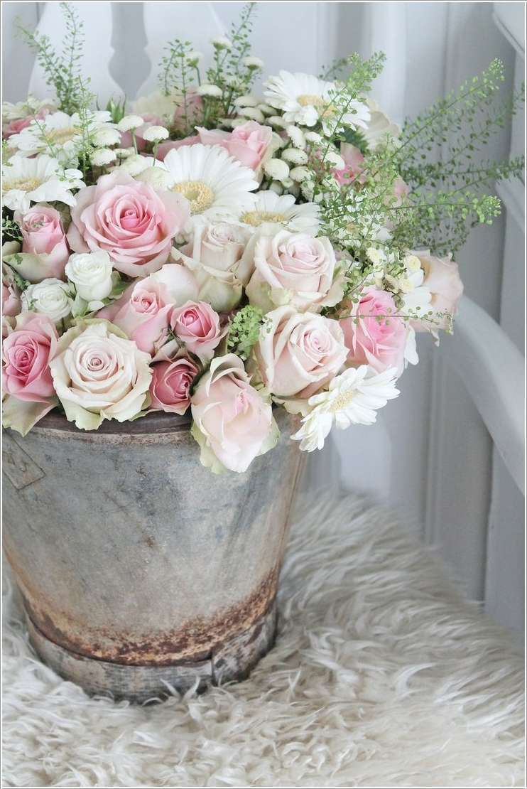 7a  12 Beauteous Recycled Flower Vase Ideas 7a