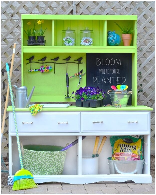 Make Your Own Potting Bench If You Have a Green Thumb 10
