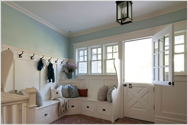10 Ways to Decorate Your Home with Corner Benches 4