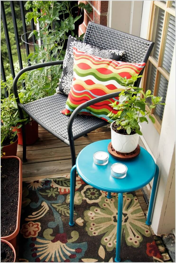 Add Spice to Your Balcony with a Cool Table 5