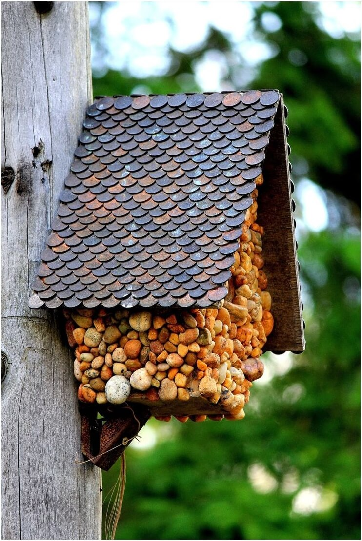 Decorate Your Home's Outdoor with Pebbles 6