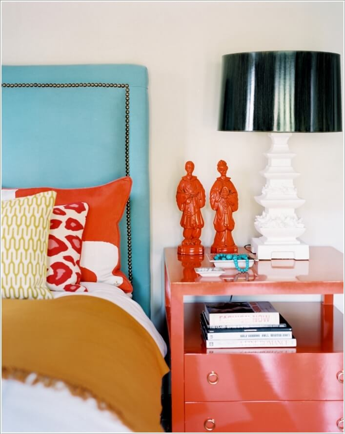 10 Creative Ways to Style Your Nightstand 4