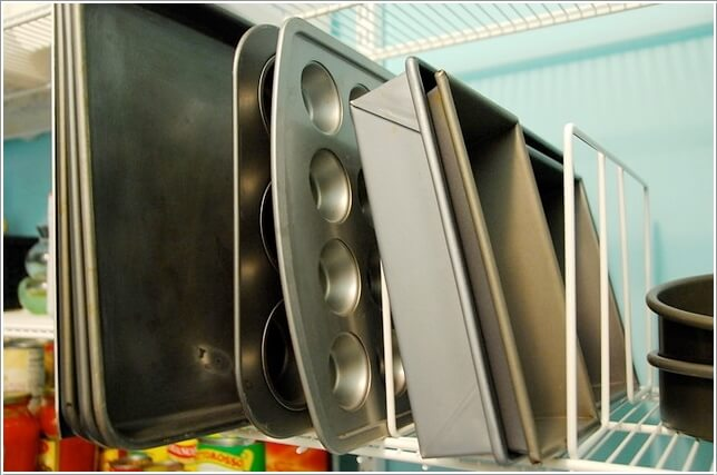 10 Practical Cookie Sheet and Baking Tray Storage Ideas 4