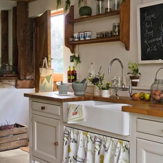 Rustic Kitchen Sink: 10 Ways To Add A Rustic Touch To Your Kitchen