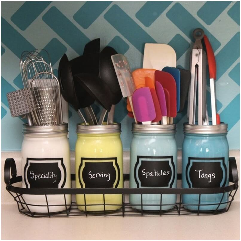 10 Clever Ways to Use Mason Jars for Storage 3
