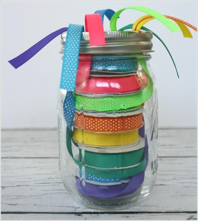 10 Clever Ways to Use Mason Jars for Storage 9