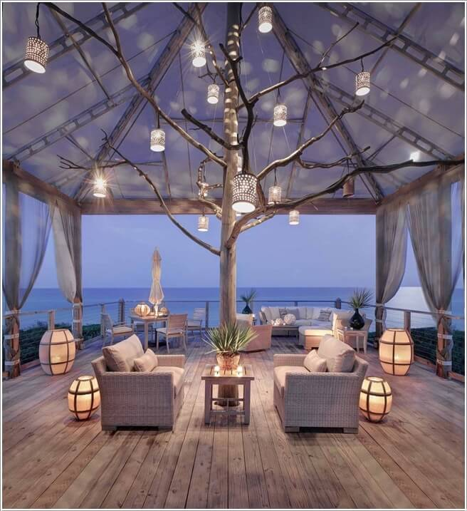 10 Wonderful Ideas to Decorate An Outdoor Tree 1