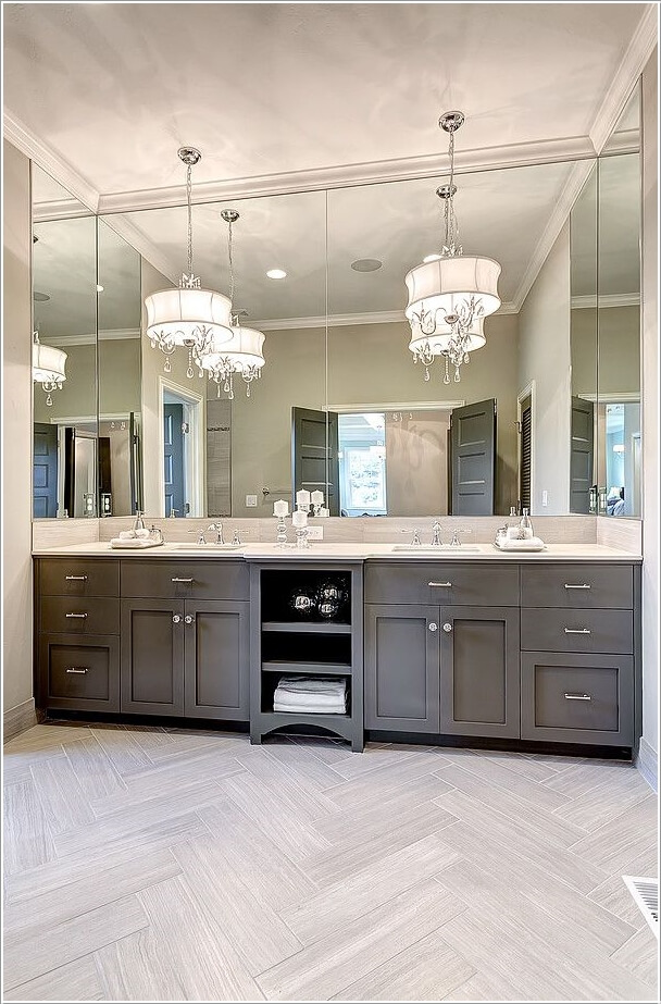 10 Lively Ways to Add Life to a Gray Bathroom 4