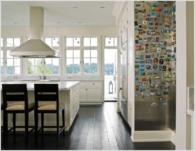 10 Chic Ways to add Metallic Accents to Your Kitchen 3