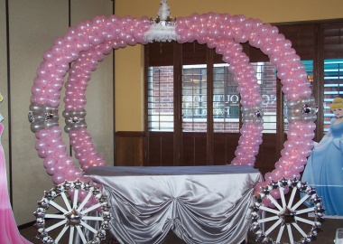 10 Cool Party Table Decoration Ideas You Will Love  fi