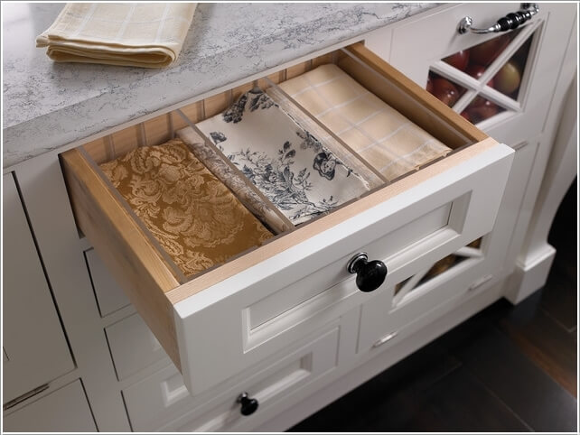 10 Clever Ways to Divide Your Kitchen Drawers 9