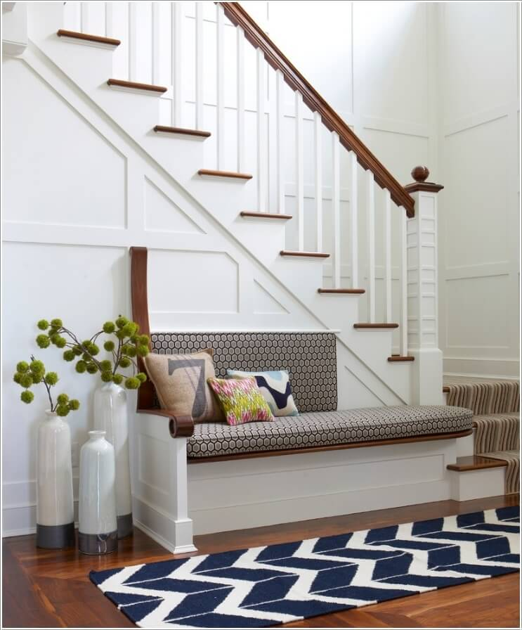 10 Chic Seating Options for Creating a Welcoming Entryway 1