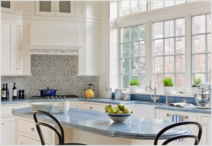 10 Stove Backsplash Ideas That will Make You Want to Cook 3