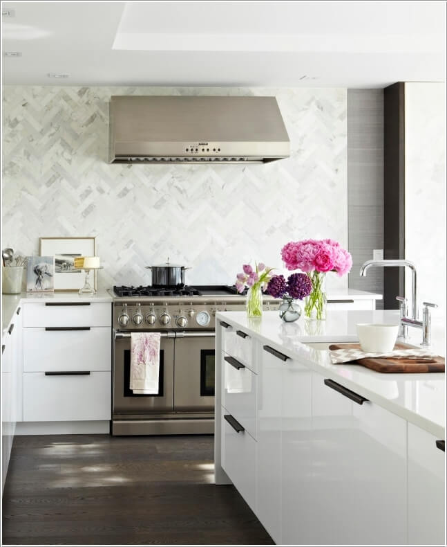 10 Stove Backsplash Ideas That will Make You Want to Cook 8