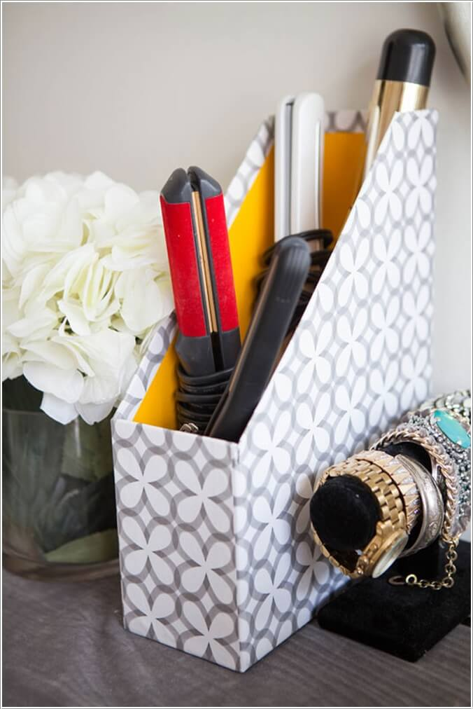 10 Clever Ways to Organize your Home with Magazine Holders 4