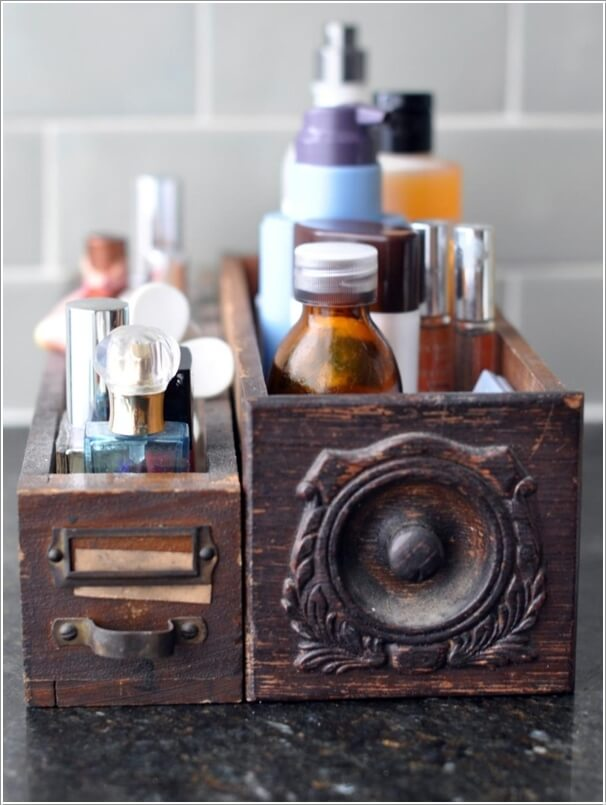 15 Clever Upcycled Bathroom Storage Projects 12