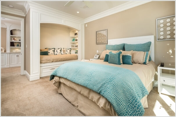 Make Your Bedroom Cozy with a Seating Area 10