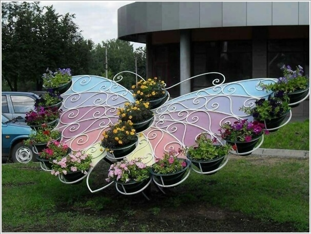 Delightful 10 Adorable Butterfly Inspired Garden Decor Ideas 2