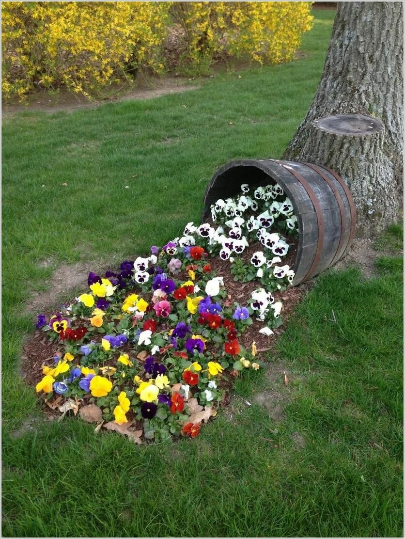 10-amazing-wine-barrel-projects-for-your-garden-1