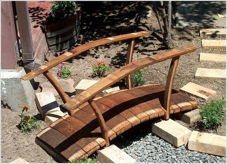 10-amazing-wine-barrel-projects-for-your-garden-7