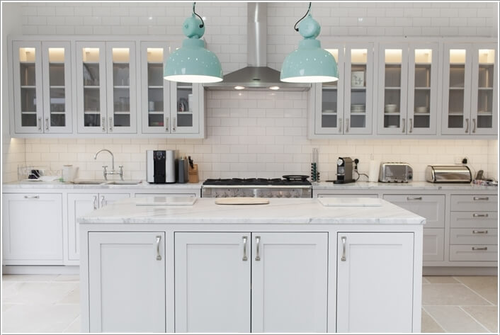 10-features-that-look-amazing-in-a-white-kitchen-8