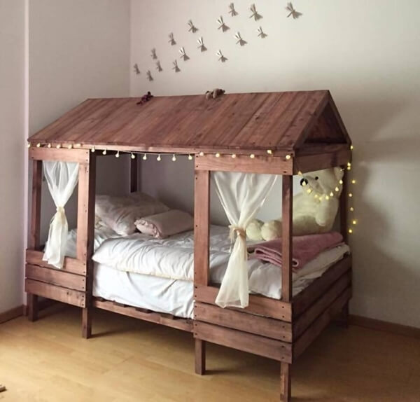 5 cool diy pallet furniture ideas for your kids 39 room for Cool furniture for kids