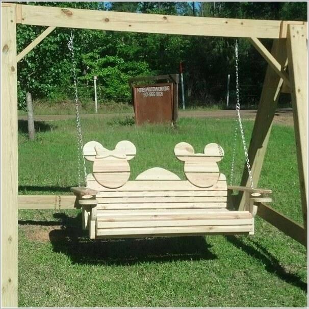 10-cute-mickey-mouse-garden-decor-ideas-1