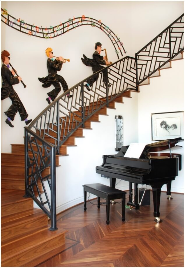 10-artistic-ways-to-decorate-your-staircase-area-4